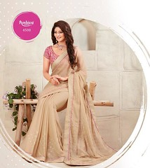 13938591_1060483920700495_4406541380167358973_n (royaltouchtrends) Tags: ambika sarres