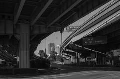 Freeway Entrance (Franco Folini) Tags: sf sanfrancisco california ca city bridge blackandwhite bw usa america photography us photo foto bridges bn ponte freeway creativecommons fotografia biancoenero citta autostrada immagine ponti cavalcavia viadotto francofolini folini viadotti creativecommonsattributionsharealike