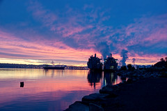 Age of Steam, Port of Tacoma (tacoma290) Tags: morning pink sky industry port bay nikon purple dramatic steam pacificnorthwest pugetsound piling pnw portoftacoma commencementbay capeisland capeintrepid militarysealift ageofsteamportoftacoma onelonelypiling