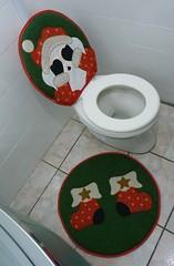 Jogo de banheiro de natal (Monne Arts) Tags: natal de noel kit tapete jogo vaso banheiro lavabo papai privada tecido enfeite