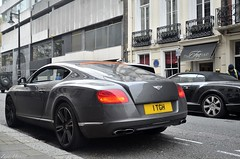 Bentley Old & New (ImZaidHamid) Tags: park green london nikon continental convertible filter gt bentley gtc polarised polarising 18105mm d5100
