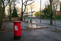 Post Box (kh1234567890) Tags: uk england manchester pentax busstop postbox fallowfield wilmslowroad sortingoffice k7 silkypix da21 smcpda21mmf32al 21mmlimited smcpentaxda21mmf32allimited silkypixdeveloperstudiopro