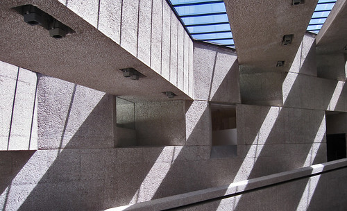 "Museos Tamayo 10 • <a style=""font-size:0.8em;"" href=""http://www.flickr.com/photos/30735181@N00/8205579873/"" target=""_blank"">View on Flickr</a>"