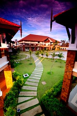 Curvy Tok Aman (Geremit) Tags: resort tokbali