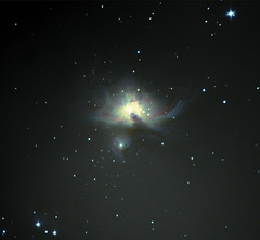 M42 Orion Nebula (YRIOU) Tags: apt astrophotography orion m42 messier meade lxd75 Astrometrydotnet:status=solved Astrometrydotnet:version=14400 Astrometrydotnet:id=alpha20121125140296