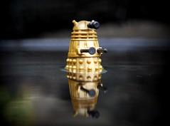 Emerging from the depths (R D L) Tags: 2005 bronze doctorwho dalek characterbuilding