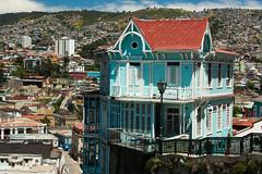 """Por las Colinas de Valparaiso. (Kevin Vsquez """"Aurinegro en Caracas"""") Tags: chile costa valparaiso cerro ascensor pacifico artilleria"""