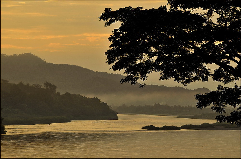 Early morning view of Mekong at Chiang Khong, Thailand