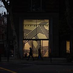 reprise (Cosimo Matteini) Tags: street people london window silhouette shop night pen square evening candid olympus marylebone maryleboneroad m43 mft 45mmf18 allfordhallmonaghanmorris epl1 mzuiko cosimomatteini thegrove248maryleboneroad