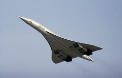 G-BOAE BAC Concorde 102, British Airways, RAF Fairford, 22 July 1984 (Kev Slade) Tags: concorde britishairways bac raffairford