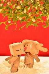 Under the mistletoe (\(^*^)/) Tags: christmas kiss mistletoe rudolph danbo
