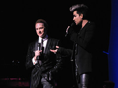 Carson Kressley & Adam Lambert Beacon Theatre 2012-12-08 (Houari B.) Tags: cyndilauper beacontheatre homefortheholidays carsonkressley adamlambert truecolorsfund