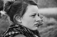 Untitled (Tinina67) Tags: portrait bw woman france girl am jung tina sw frau odt sommersprossen ourdailytopic tinina67
