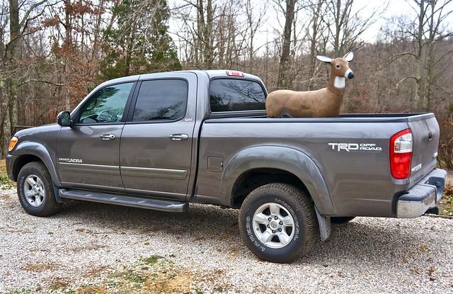 truck pickup deer toyota tundra decoy joestruck somewhereinkentucky joesfarm