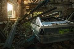 Delorean (blende einspunktacht) Tags: hdr delorean urbex ilovedecay decay lostplaces verlasseneorte abandoned canon car audi coupe
