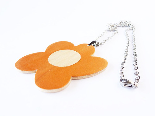 Wood Flower Pendant.