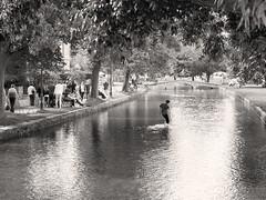 River Scene (Ed Tottenham) Tags: riverscene riverbourtononthewatergloustershire cotswolds throwingstones bourtononthewater england