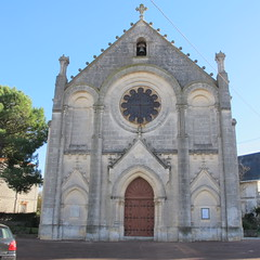Eglise Notre-Dame-des-Anges (fin XIXe), Royan (17) (Yvette Gauthier) Tags: royan 17 charentemaritime poitoucharentes architecture bellepoque glise glisenotredamedesanges nogothique noroman faence cramique ricoux prusson