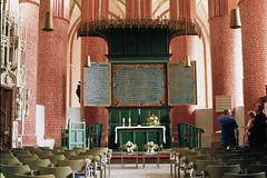 Ludgerikirche Norden Altar (m66roepers) Tags: filmphotography analog 35mm fujifilms fujifilm superia church ostfriesland norden ultra timer