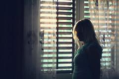 Bright outside - sad inside (pfau_910) Tags: windows window girl sommer fenster thinking contrejour dunkel gegenlicht nachdenklich dster gardinen