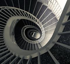 (maxelmann) Tags: up stairs mnchen steps down stairway treppe schnecke spirale stufen gelnder hoch wendeltreppe handlauf runter treppenauge maxelmann
