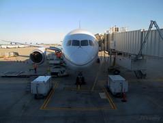 United ~ Boeing 787-824 ~ N26906 (jb tuohy) Tags: plane airplane airport texas aircraft united jet houston aeroplane boeing airlines iah 2012 g11 787 b787 kiah dreamliner jbtuohy n26906