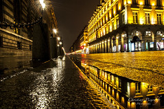 Paris rue de Rivoli, Reflet dans la nuit par Christian Picard (Christian Picard) Tags: street city blue light paris france reflection tower tourism water seine museum night pose de french photography photo nikon eau europe photographer photographie tour slow natural dusk louvre lumière eiffel du musée christian bleu reflet lumiere pont rue crépuscule lente nuit picard ville rivoli tourisme naturelle touristique photographe naturel d90 posure