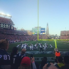 It Was a Great Game! (AGeekMom) Tags: football buffalobills nfl patriots raytheon veterans veteransday gillettestadium newenglandpatriots tweetup meetray ht4h