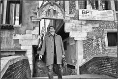 Rapimento (Giulio Segantin) Tags: street leica venice bw blackwhite bn sacred m8 venezia biancoenero sacro 21mm capitelli votivo sacroeprofano superelmar venicestreetphotography sacreandprofane