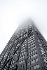 John Hancock Building and fog (Siouz) Tags: city sky urban usa cloud mist chicago building up fog architecture america illinois cityscape unitedstates northamerica jonhhancockobservatory cityporn
