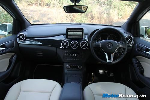 2012-Mercedes-B-Class-12
