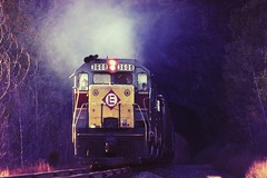 Erie Lackawanna eastbound at Roseville Tunnel, 1972 (miningcamper) Tags: railroad train railway tunnel lackawanna dlw erielackawanna fallenflags lackawannacutoff rosevilletunnel emdsd45