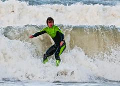 DSC_1201a (pippa0520) Tags: man surfing isle
