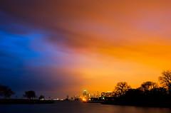 30/70 (benchorizo) Tags: longexposure sunset chicago skyline nikon cityscape nightshot bluehour transition montroseharbor chicagoskyline chicagoist banias d7000 benchorizo