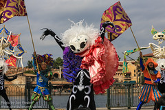 TDR Oct 2012 - A Halloween Daydream (PeterPanFan) Tags: travel disneysea autumn vacation holiday fall halloween japan canon skeleton tokyo october asia character oct disney chiba skeletons performers performer tokyodisneysea 2012 tds disneycharacters tdr disneycharacter urayasu chibaken tokyodisneyresort tokyodisney tokyodisneylandresort tokyodisneyseapark disneyparks urayasushi disneyshalloween canoneos5dmarkiii halloweendaydream ahalloweendaydream