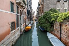 Venice Waterways (Dan's Daily Photo) Tags: venezia dansdailyphoto calm veneto water italy venice focalpoint boat punt gondola