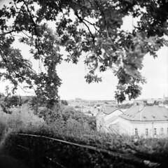 View from Vyehrad (holtelars) Tags: mamiya mamiyac330 tlr twinlensreflex twinlens mamiyasekor 65mm f35 6x6 square squareformat 120 film analog foma fomapan fomapan100 fomapan100classic 100iso mediumformat analogue blackandwhite classicblackwhite bw monochrome filmforever filmphotography compardr09spezial r09spezial rodinalspecial studional larsholte homeprocessing jobo autolab atl1500 praha prague czechrepublic czechia vyehrad view