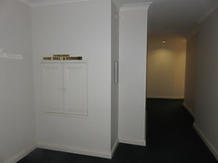 A tour of the Mansions Apartment (RS 1990) Tags: mansions apartments pulteneyst adelaide southaustralia thursday 1st september 2016