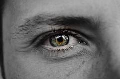 DSC_0344 (1)-Modifica-Modifica (mariangelalobianco) Tags: occhi biancoenero dettagli occhiverdi iride pupille sguardo riflesso 55200mm nikond5100 1855mm