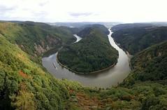 Bend in the Saar river near Mettlach / Saarschleife bei Mettlach, Germany (Frans.Sellies) Tags: 20160905140431 germany allemagne deutschland saar river fluss saarschleife