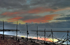 The Cree estuaray (Mark McKie) Tags: sunset seaweed water night clouds scotland nikon cloudy salmon nets galloway cree creetown wigtownshire nikond90 ferrytoon stakenets salmonstakenets