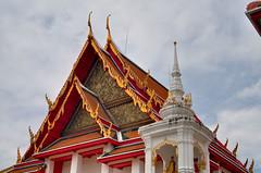 Wat Kalayanamit Bangkok tour_E10962075-017