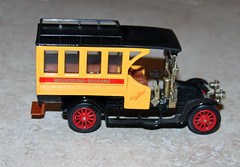 Great Britain - Matchbox Models of Yesteryear Renault Coach (dlberek) Tags: modelbus y44 renaultbus matchboxmodelsofyesteryear renaultautobus diecastbus renaultcoach