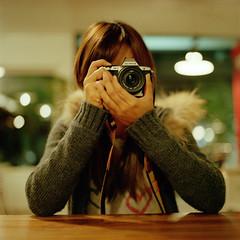 . (Da✞a) Tags: portrait people color slr 6x6 film analog bokeh taiwan explore squareformat taichung frontpage kodakportra400 explored 首頁 nikoncoolscan9000ed carlzeissplanar80mmf28cfe hasselblad205tcc