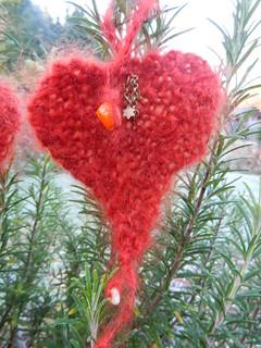 Garter Heart 002