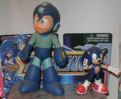 mega man & sonic the hedgehog (mikaplexus) Tags: blue dog man game classic dogs animal animals vintage toy toys video misc nintendo cartoon games sonic astro videogames classics sega hedgehog collectible genesis miscellaneous cartoons mega megaman sonicthehedgehog ireallylike i3toys i3megaman