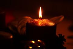 1. Advent (Silandi) Tags: christmas light reflection yellow december advent candle adventwreath lightreflection christmastime 2012 renateeichert resilu