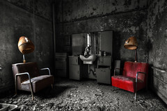 Inner Beauty (-GIGANTOR-) Tags: nikon decay abandon hairsalon asylum joebergquist