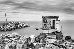Fortino pescatori (stefanogrechi) Tags: bw panorama white black long nuvole mare exposition sole rocce pesca lunghe esposizioni