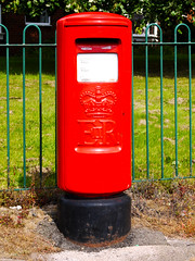 Boxed In (Alan FEO2) Tags: box mail post pillar cyclinder red black fence green outdoors typek postoffice chesterton newcastleunderlyme staffordshire 116picturesin2016 65 mailboxpostbox panasonic dmc g1 2oef